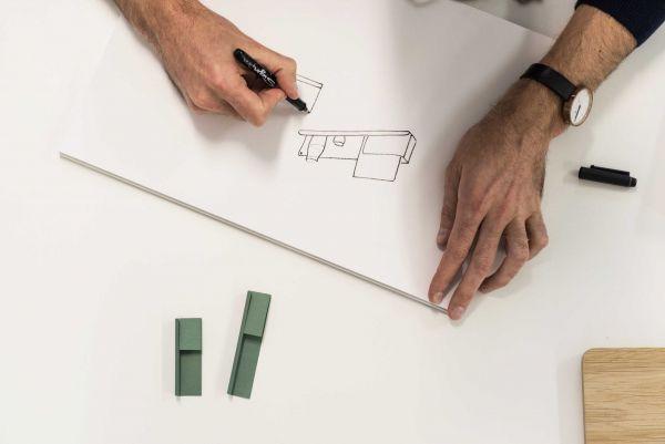 Muuto Folded wandplank small