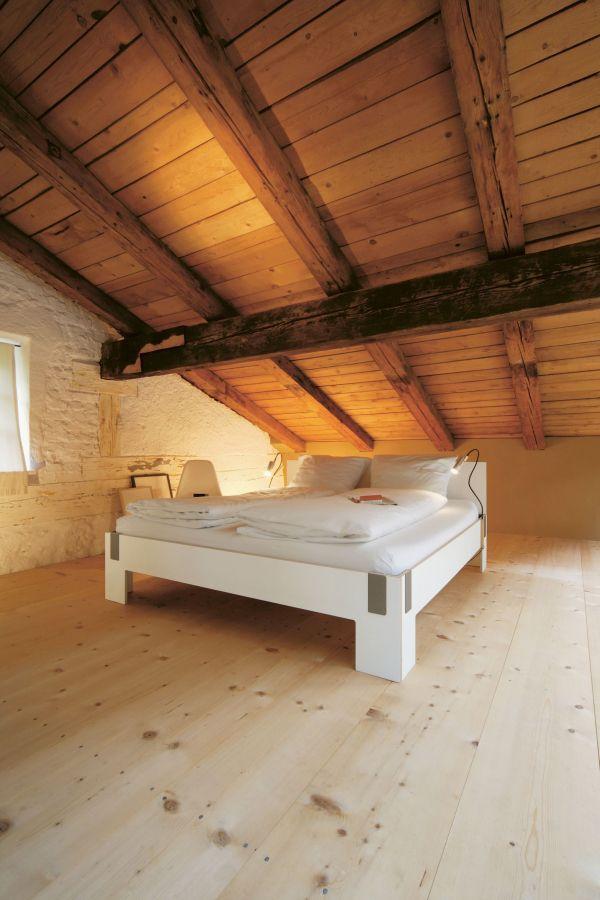 Nils Holger Moormann Tagedieb bed met hoofdbord 180x200