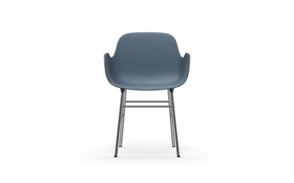 Normann Copenhagen Form Armchair stoel met verchroomd onderstel