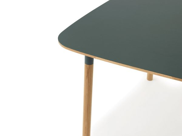 Normann Copenhagen Form Table tafel 120x120