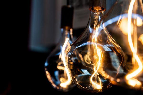Tala LED Voronoi II LED lichtbron E27 3W helder dimbaar