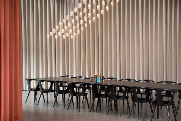 &tradition In Between SK5 tafel 200x90 zwart eiken