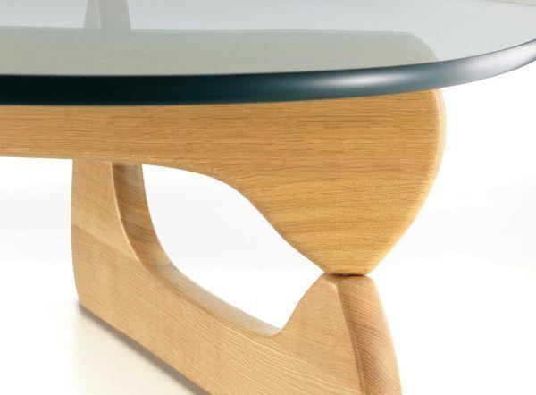 Vitra Coffee Table salontafel met eiken onderstel
