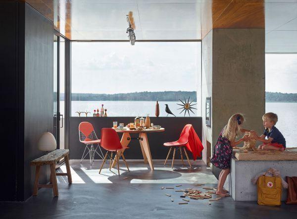 Vitra Eames Wire Chair DKX-5 stoel gepoedercoat onderstel