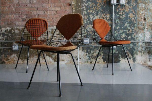 Vitra Eames Wire Chair DKX stoel zwart gepoedercoat