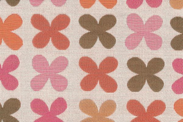 Vitra Quatrefoil pink kussen 43x43