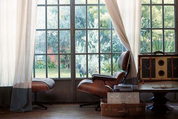 Vitra stoelen: alle designklassiekers nu te koop bij Flinders